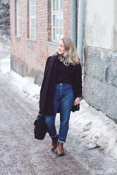 Juulia S.: Them mom jeans