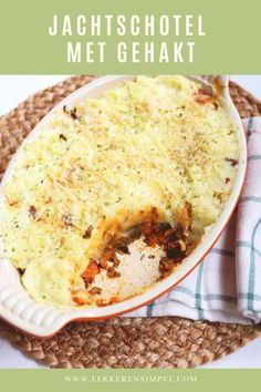 Hunting dish with minced meat - easy to make - Tasty and Simple - Hunting dish with minced meat – easy to make – Tasty and Simple - Dutch Recipes, Oven Recipes, Meat Recipes, Cooking Recipes, Oven Dishes, Vegan Dinner Recipes, Savory Snacks, Macaron, Light Recipes