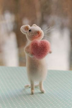 Too, cute... sweet felted mouse with a big pink heart ♡♡♡