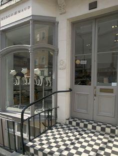 Mungo & Maud Pet Shop ~ London