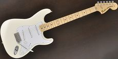 FENDER / Classic Series 70s Stratocaster Olympic White Maple Guitar Free Shipping! δ