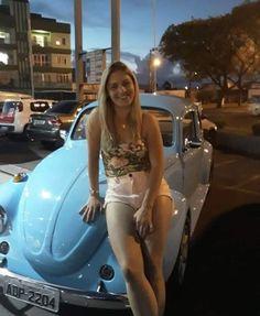 #Volkswagen #VolkswagenBug #VolkswagenBeetle #Bug #Beetle #VW #Women #Girls #Girl #Woman #Chics #Chic Bus Girl, Vw Vintage, Porsche Models, Vans Girls, Vw Cars, Vw Beetles, Sexy Cars, Classic Cars, Baalbek