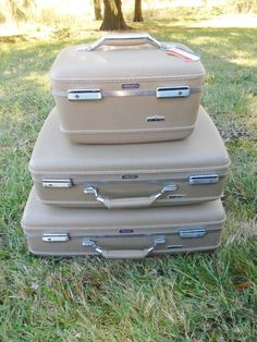 Vintage American Tourister Train Hardcase & Luggage Set (3) Piece Tan #AmericanTourister