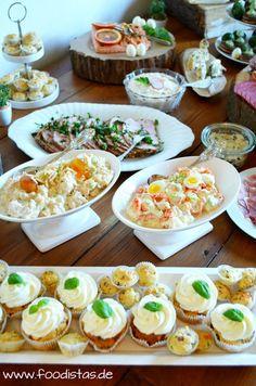 Ostern bei den Foodistas tolle süße und herzhafte Rezept in Form eines österlichen Buffets
