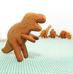 Cookie cutter set to make easy 3-D dinosaurs!