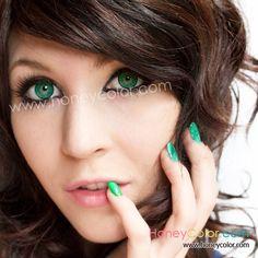 EOS Adult Green Color Contact Lens - Circle Contact Lens - Cosmetic Contact Lens - Colored Contacts - HoneyColor.com