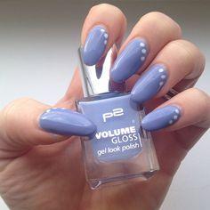 🎀 Diese Woche auf den Nägeln 💅 - Nr.230 Lovely Daughter mit Punkten von Blanc 🎀 #p2 #volumegloss #230lovelydaughter #essie #essieblanc #nails #nailart #naildesign #nailpolish #nagellack #nägellackiert