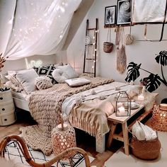 Boho Bedroom Design With Canopy Accent ★ Amazing DIY decorations can be made, using bedroom string lights. And this party decor can be placed not only in the bedroom but also in the backyard. Cute Bedroom Ideas, Room Ideas Bedroom, Bedroom Designs, Bedroom Furniture, Ikea Bedroom, Bedroom Inspiration Cozy, Bedroom Inspo, Bed Room, Small Bedroom Ideas For Women