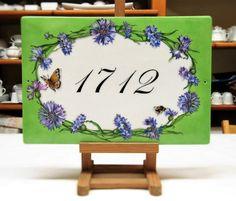 Targa personalizzata con fiordalisi, targa per la casa dipinta a mano, targa numero civico, targa di porcellana, targa per indirizzo,