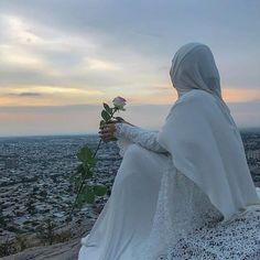 Beautiful Muslim Women, Beautiful Girl Image, Beautiful Hijab, Hijab Wedding Dresses, Hijab Bride, Hijabi Girl, Girl Hijab, Niqab, Best Friend Pictures Tumblr