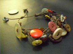 Fun button bracelet