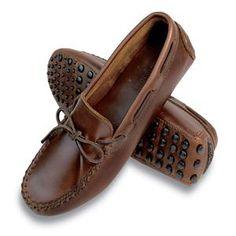 Minnetonka Women's Shoes - Classic Driving Moc in Dark Brown