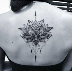 O preto e o Cinza Dotwork Lotus Tatuagem