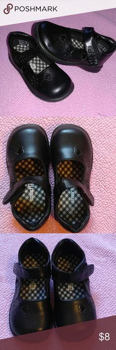 Black Mary Janes Sweet black Mary Jane's from SmartFit. Black patent leather hearts and flower detail along the side and Velcro straps. Size 6 toddler. In great condition. SmartFit Shoes Dress Shoes