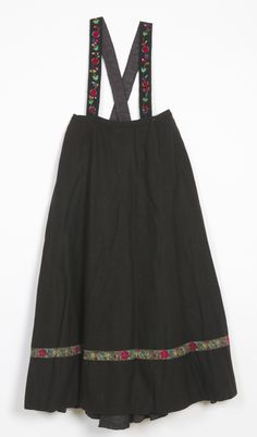 Norsk Folkemuseum - Fotograf Reinsfelt, Anne-Lise Anne, Norway, Birth, Apron, Country, Fashion, Gowns, Pinafore Apron, Moda