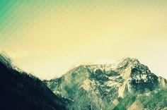 Free set of 10 polygonal background photos #FreeBackground from http://ortheme.com