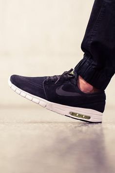 Max Suede #leather #nike #sneakers