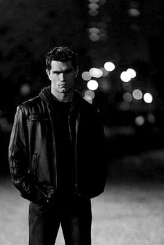 Sam Witwer has the cool, dark, mysterious look to him that compares to Chris Redfield Being Human Syfy, Being Human Uk, Vampire Pictures, Vampire Pics, Samuel Witwer, Vampire And Werewolf Movies, Vampire Academy, Cartoon Tv, Music Tv