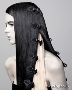 Style Inspiration | Incredible avant-garde hair [via: http://www.hji.co.uk/image/2011-avant-garde-qhs31801.html]