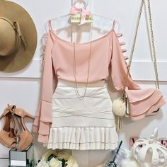 Date night. Look Fashion, Korean Fashion, Girl Fashion, Fashion Dresses, Womens Fashion, Fashion Design, Girly Outfits, Skirt Outfits, Casual Outfits