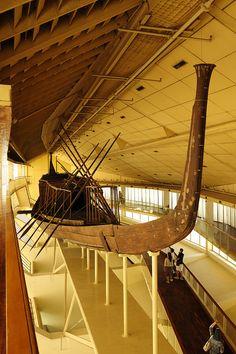 La Barca Solar. Giza .Museo donde se ha encontrado la Barca cerca de la pirámide de KEOPS.