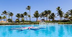 Desejando uma piscina para esse domingo preguiçoso. E você? Essa é uma das piscinas do Hard Rock Hotel & Casino Punta Cana. #NerdsEmPuntaCana #NerdsNoHardRock