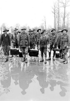 9f807293bd7 Australian soldiers of the 2nd Infantry Division carrying hot soup to the  frontlines