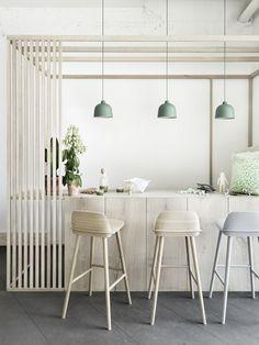 Lámpara colgante con luz directa GRAIN by MUUTO diseño Jens Fager