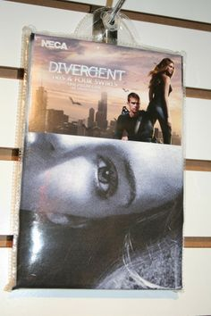 Divergent-toy-image-Neca-36-400x600