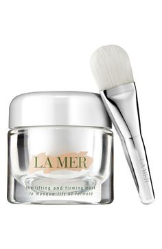 Lift, firm, and refine skin with this luxurious cream mask that infuses skin with serum-strength