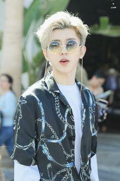 180414 Cai XuKun in LA  cr. 八月夢遊者丨蔡徐坤  #IdolProducer #偶像练习生 #NinePercent #百分九少年 #CaiXuKun #蔡徐坤