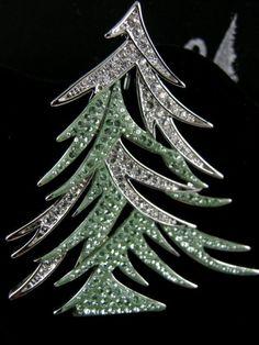 Signed Swarovski Christmas Tree Pin Brooch Retired