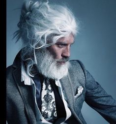hair and beard styles Fantastic Long Hair And Beard Ideas For Handsome Man Male long hairstyle is very diverse depending on the model you want to obtain. Both straight hair and cu Beards And Mustaches, Hair And Beard Styles, Long Hair Styles, Look Man, Beard No Mustache, Older Men, Grey Hair, Facial Hair, Bearded Men