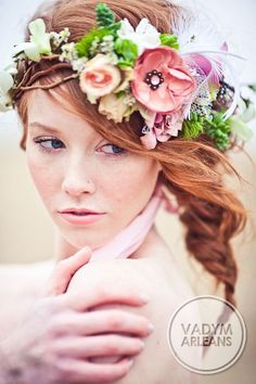 Венки из цветов на голову | Цветочная мастерская флористики и декора FLORISTE от Вадима Арлеанса