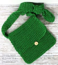 Seven Alive: Adventure Satchel Crochet Pattern ~ free crochet pattern perfect for boys.