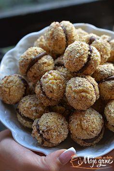 Krešenti - Christmas & New Year Best Cake Recipes, Sweet Recipes, Cookie Recipes, Bosnian Recipes, Croatian Recipes, Kolaci I Torte, Torte Recepti, Torta Recipe, Baked Cheesecake Recipe