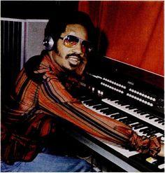 """funkydrop: """"  stevie wonder 1977 """""""