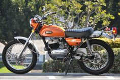 Yamaha has been in the motorcycle business for decades. Enduro Motorcycle, Moto Bike, Cafe Racer Motorcycle, Old School Motorcycles, Yamaha Motorcycles, Sport Motorcycles, Vintage Bikes, Vintage Motorcycles, Yamaha 250