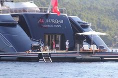 The Al Mirqab takes place in the of biggest yacht of the world and it's owned by Qatar Primiero Minister and Minis. Speed Boats, Power Boats, Yachting Club, Bateau Yacht, Big Yachts, Cool Boats, Small Boats, Private Yacht, Yacht Interior
