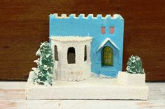 Vintage Blue and White Putz Christmas House Made by vintagediana72, $14.00  FOR THE DESIGN OF THE HOUSE.....