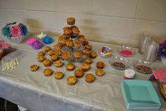 Cupcake Birthday Party - Cupcake Decorating Station!