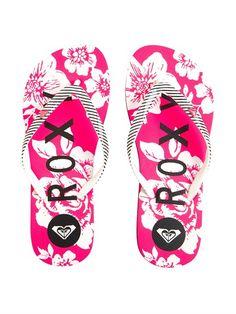 Roxy Surf, Fitness Brand, Women Lifestyle, Shopping Spree, Snowboard, Amanda, Flip Flops, Surfing, Sandals