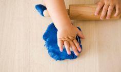 Sweet-smelling glitter play dough recipe - Kidspot