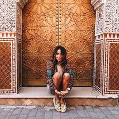 "JULIE SARIÑANA on Instagram: ""G O L D E N girl ✨@Soludos | photo by @grantlegan"""