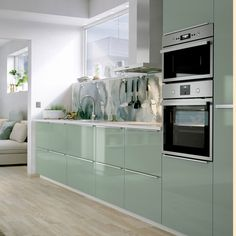 Keep your kitchen clean in calming green Add a calm feeling to your kitchen interior with IKEA METOD kitchen cabinets with KALLARP door fronts in a high gloss light green colour, an easy-care finish. Kitchen Cupboard Designs, Country Kitchen Designs, Kitchen Room Design, Home Room Design, Modern Kitchen Design, Home Decor Kitchen, Interior Design Kitchen, Kitchen Ideas, Ikea New Kitchen