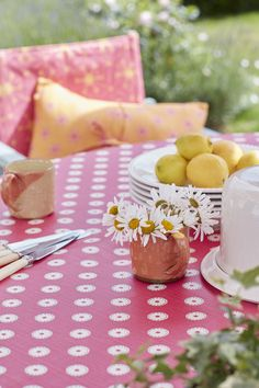 Eating outside is the best! Oilcloth is great for informal dining and spills. Vanessa Arbuthnott, Kitchen Linens, Roman Blinds, Garden Table, Roller Blinds, Strawberries And Cream, Bright Pink, Fabric Design, Oilcloth