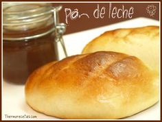 Pan de leche Dessert Cake Recipes, My Dessert, Desserts, Croissants, Mexican Food Recipes, Sweet Recipes, Thermomix Pan, Mexican Pastries, Gastronomia