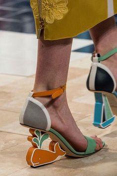 8cff466df063 Zapatos, los Zapatos de Patricia - El Blog de Patricia   Los desfiles de  Nueva
