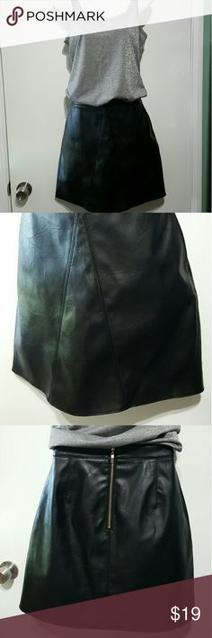 Black faux leather mini skirt Bar lll/Macys Faux leather mini skirt in new condition. Great fit, vegan friendly and very versatile. Side pockets and zippered back. Bar III Skirts Mini