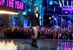 Alexander Skarsgard Photos - Actor Alexander Skarsgard walks onstage during the 2016 MTV Movie Awards at Warner Bros. Studios on April 9, 2016 in Burbank, California. MTV Movie Awards airs April 10, 2016 at 8pm ET/PT. - 2016 MTV Movie Awards - Show